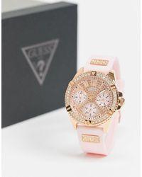 Guess – Armbanduhr mit rosafarbenem Armband - Pink