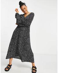 Missguided Smock Dress With V Neck - Black