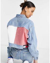 Tommy Hilfiger Giacca di jeans oversize corta denim chiaro con dettaglio tommy - Blu