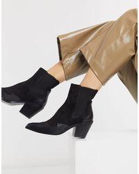 Stradivarius Western Heeled Chelsea Boots - Black