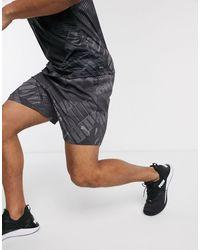 PUMA Pantaloncini da allenamento neri con logo - Nero