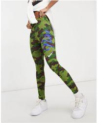 Nike Leg-a-see Camo Print leggings - Black