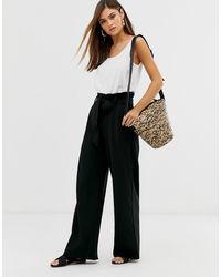 Vero Moda Paperbag-Hose mit weitem Bein in Schwarz