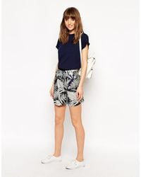 Le Mont St Michel Silk Mix Shorts In Tree Print - Blue