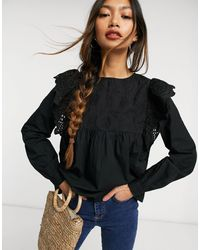 Warehouse Broderie Frill Front Top - Black