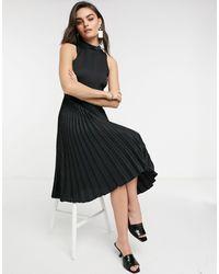 Closet Черное Атласное Плиссированное Платье Миди С Высоким Воротником -черный