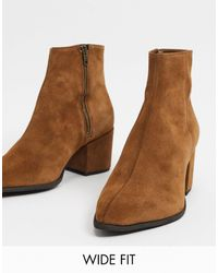 ASOS Wide Fit Heeled Chelsea Boots With Pointed Toe - Brown