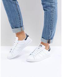 adidas Originals Бело-синие Кроссовки Stan Smith-белый