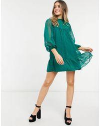 ASOS - Vestito grembiule corto con scollo arricciato e fondo a peplo verde - Lyst