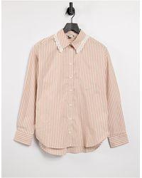 Monki - Meja - Camicia oversize rosa rigato con colletto - Lyst