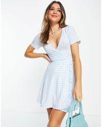 Pull&Bear Голубое Платье Мини В Клетку С V-образным Вырезом -голубой - Синий