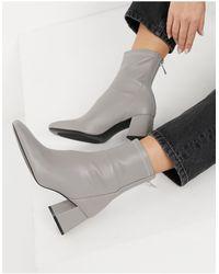 Stradivarius Seam Front Mid Heel Boots - Grey