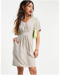 Closet Серовато-бежевое Платье Мини Со Сборками -коричневый Цвет