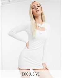 Reebok Белое Платье Мини С Вырезом И Светоотражающим Логотипом Vector Эксклюзивно Для Asos-фиолетовый Цвет - Белый