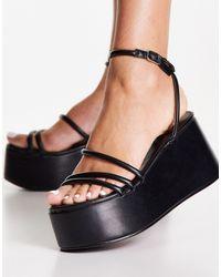 Missguided Flatform Strappy Sandal - Black