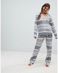 ASOS – Traditionelles weihnachtliches Pyjama-Set mit weitem Bein aus 100% Modal - Grau