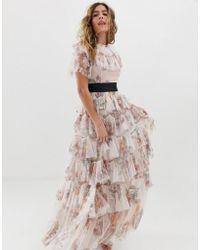 online retailer 4d625 2c538 Vestito lungo rosa quarzo a fiori con balze e fascia in vita a contrasto