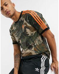 adidas Originals 3 Stripe T-shirt With All Over Camo Print - Green