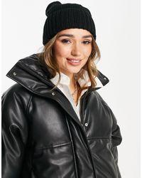 Urbancode Pom-pom Beanie Hat - Black