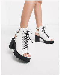 Public Desire Rockin - Chaussures à talons chunky à lacets style festival - Blanc