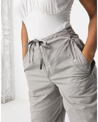 ASOS Pantalon confortable style treillis - Délavé gris