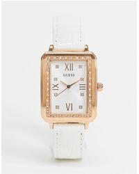 Guess – Armbanduhr mit eckigem Zifferblatt - Weiß