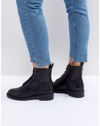 Steve Madden - Officer Leather Flat Lace Up Ankle Boots - Lyst