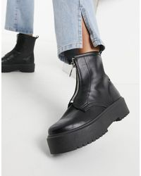 TOPSHOP Zip Front Chunky Boots - Black