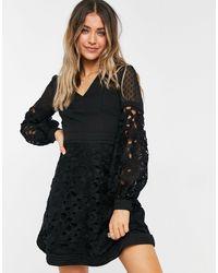 Chi Chi London Платье Черного Цвета С Кружевными Вставками -черный Цвет