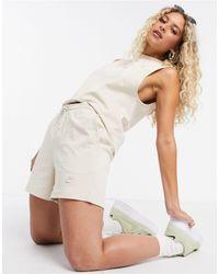Nike Premium Jersey High Waist Shorts - Multicolour