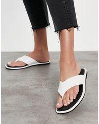 Schuh Tracy Flip Flop Sandals - White