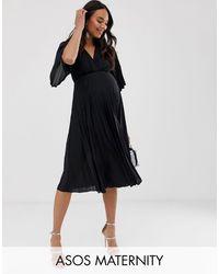 ASOS - ASOS DESIGN Maternity - Robe mi-longue plissée style kimono - Lyst