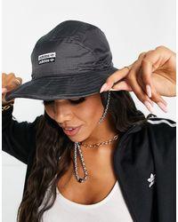 adidas Originals RYV - Cappello da pescatore nero