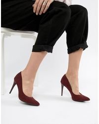 New Look High Pointed Court - Red