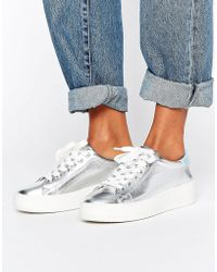 Juicy Couture | Bellonaa Silver Flatform Trainers | Lyst