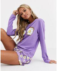 ASOS – Egg on Toast – Pyjama-Set mit langärmligem Shirt & Shorts - Lila