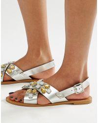 Glamorous Embellished Cross Strap Flat Sandals - Metallic