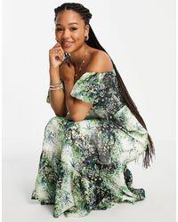 Miss Selfridge Vestido largo con estampado - Verde