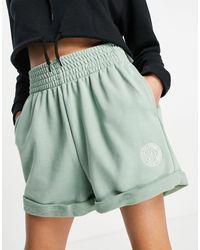 Nike High Rise Shorts - Green