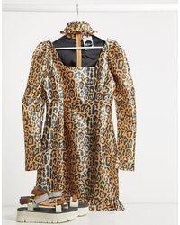 The Ragged Priest Milk It - Robe léopard style vintage à manches bouffantes avec découpe - Marron