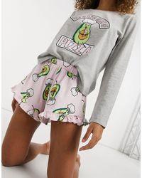ASOS Pyjama avec t-shirt à manches longues et short à motif avocat et inscription Let's Avo slice - Gris et rose