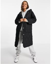 Pull&Bear Longline Quilted Coat With Hood And Big Pockets - Black