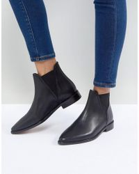 Hudson Jeans - Clemence Black Leather Flat Chelsea Boots - Lyst