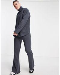 ASOS – enge, ausgestellte jogginghose - Schwarz