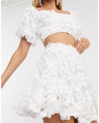 Love Triangle 3d Lace Skirt Co Ord - White
