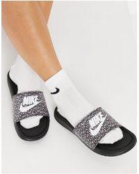 Nike Черные Шлепанцы -черный Цвет