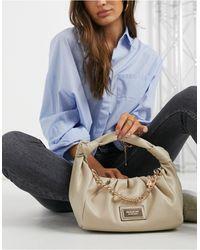 River Island – Beige Handtasche aus Kunstleder mit Knoten im gerafften Design - Blau