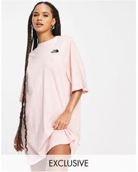 The North Face Exclusivité asos - - robe t-shirt en jersey - Rose