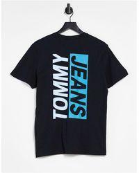 Tommy Hilfiger – T-Shirt mit Kontrast-Logo hinten - Schwarz