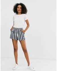 ONLY – Gestreifte Shorts - Mehrfarbig
